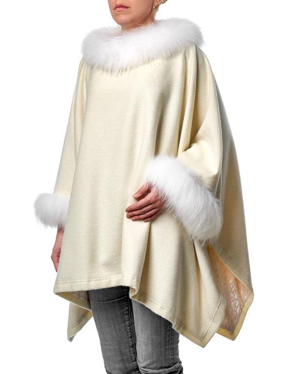 Пончо с мехом енота (Меховое пальто)