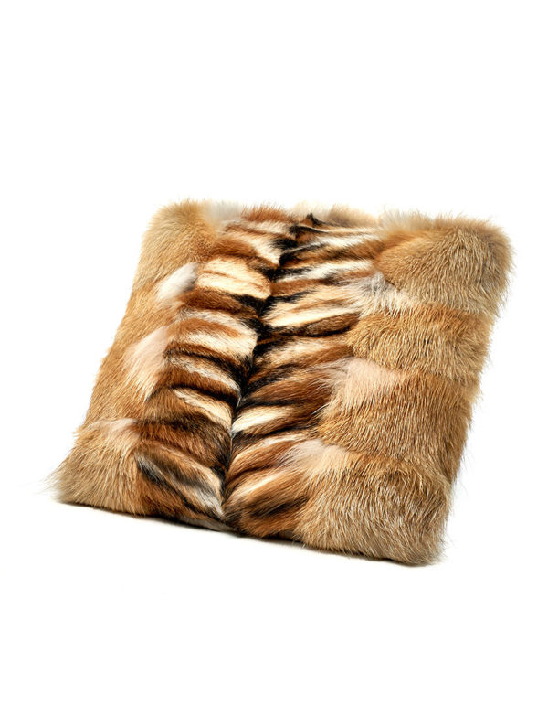 Подушка из меха лисы