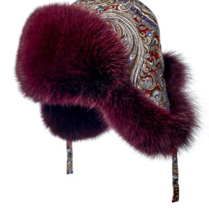 Женская шапка ушанка из меха песца.